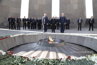Delegations headed by Chairmen of Investigative Committees of Russia and Belarus visited Memorial of Tsitsernakaberd (Photos)