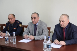 RA IC Deputy Head Present Newly Appointed Head to Employees of Aragatsotn Regional Investigative Department (photos)