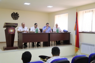 Chairman of Investigative Committee Held Consultation in Shirak Regional Investigative Department and Received Citizen (photos)