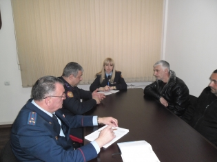 By Instruction of RA IC Chairman Hayk Grigoryan Head of IC General Military Investigative Department Received Relatives of Dead Serviceman Tigran Mkhoyan (photos)